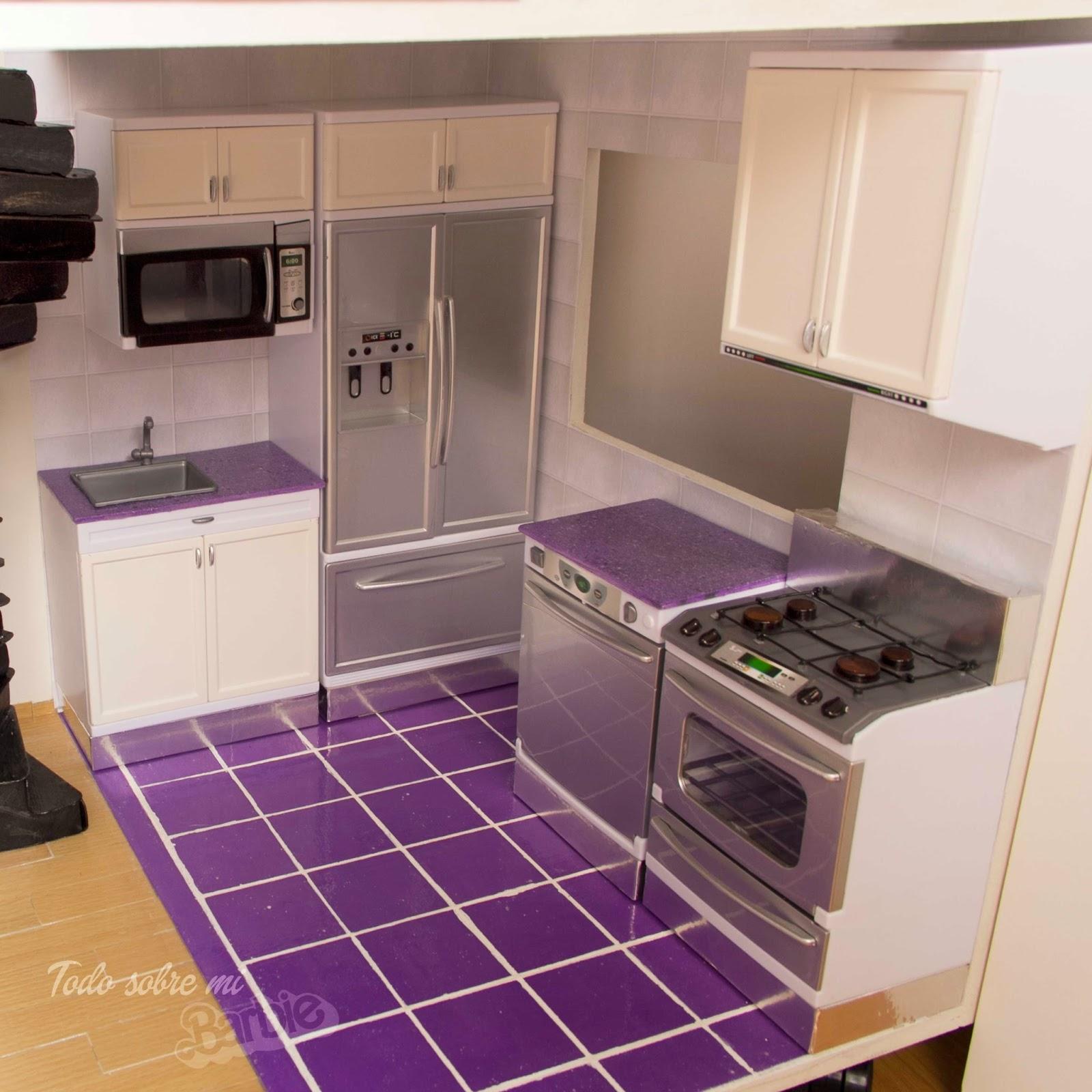 Todo sobre mi barbie c mo pintar muebles de pl stico cocina for Como hacer muebles para cocina