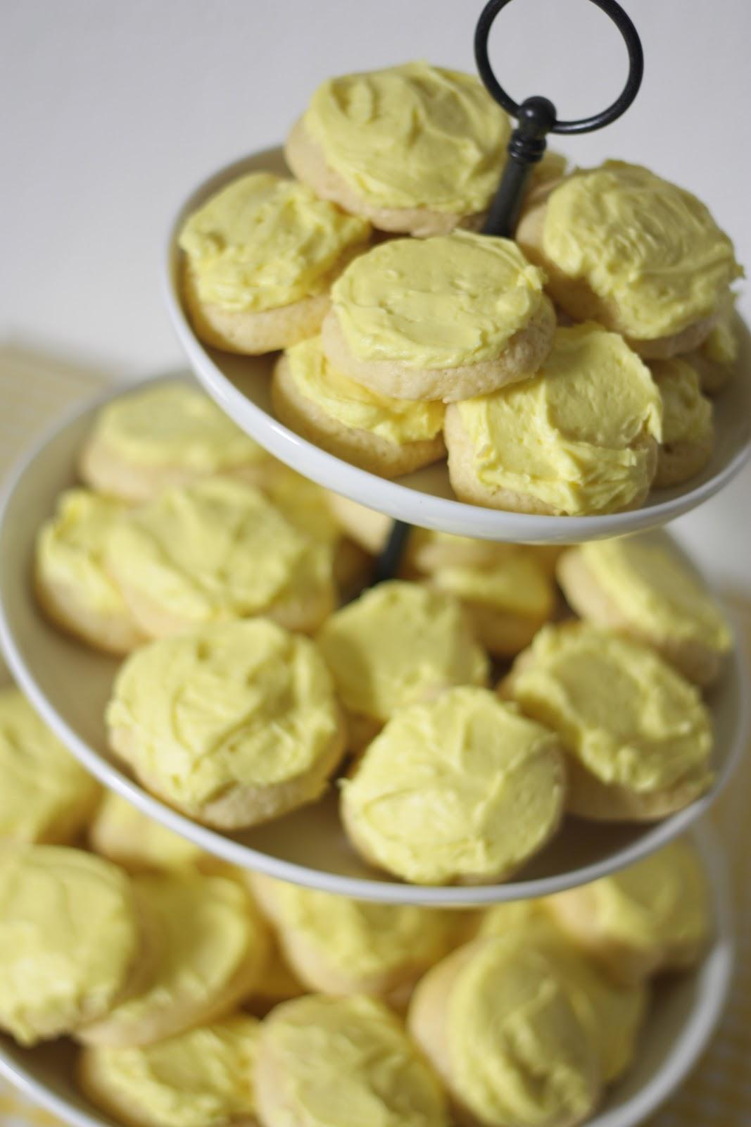Sour cream cookie frosting recipe