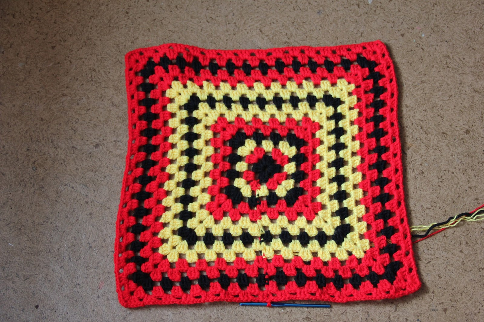 Вязание крючком бабушкин квадрат ютуб 78