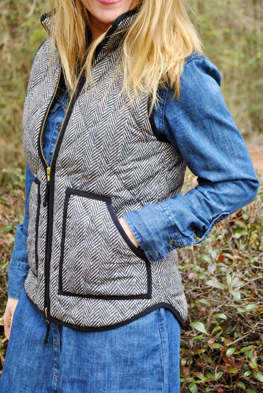 J crew Herringbone Vest, Chambray Shirtdress, Chambray Dress, Nordstrom Reversible Tote, Sunshine and Sequins Fashion BLog