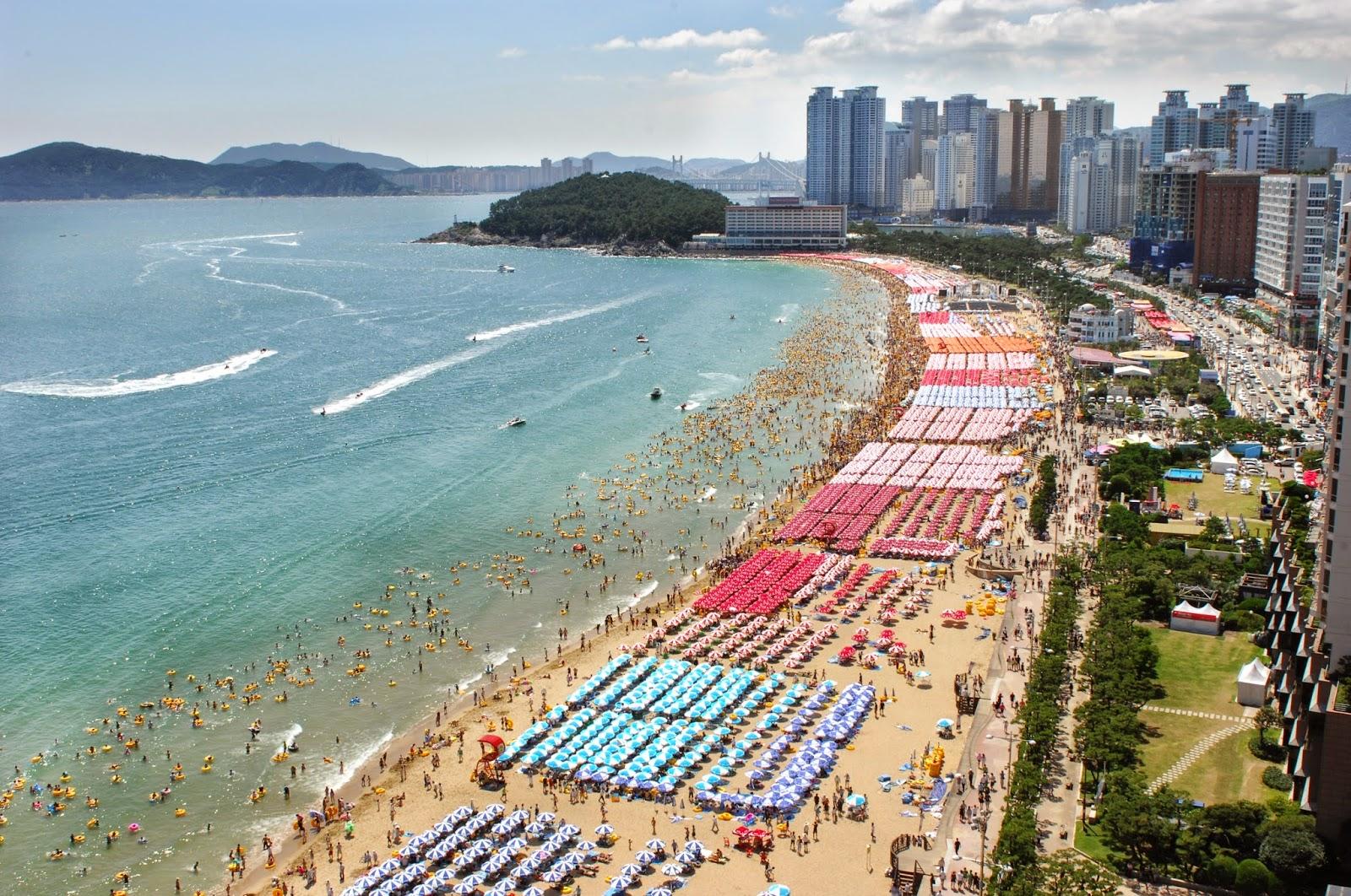 Bãi biển Haeundae | 해운대 해수욕장