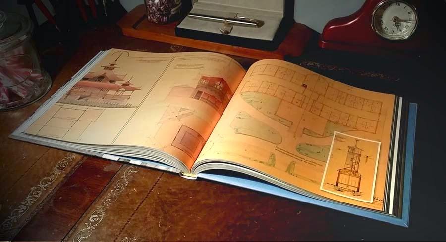 Kuvitus tekee tästä kirjasta tarkoin harkitun kokonaisuuden