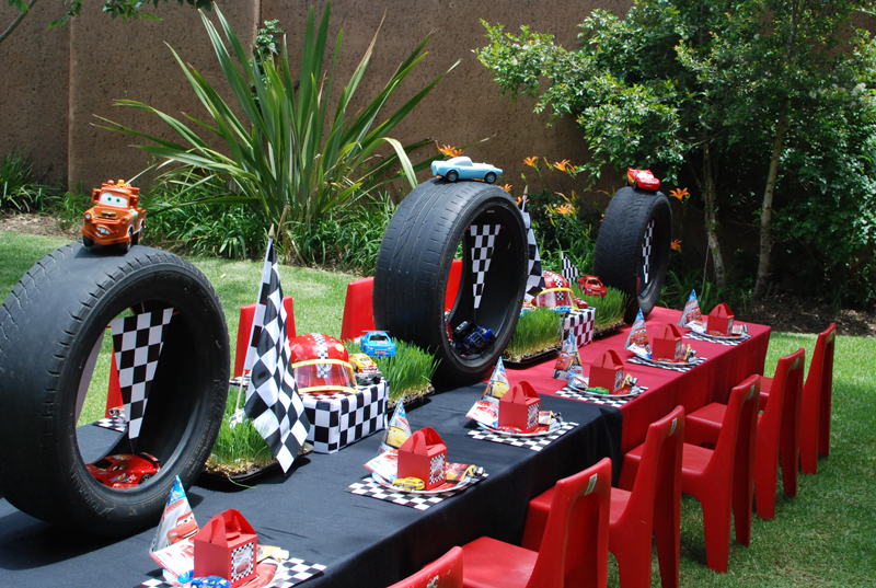 Loosh Creations: Cars Themed Birthday Party