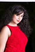 Saba Saudagar Photo shoot Gallery-thumbnail-18