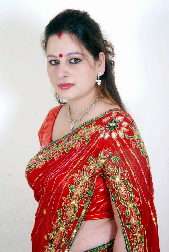 photos Hot hd nepali aunty