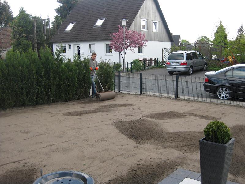 startschuss in steinhagen es gr nt so gr n. Black Bedroom Furniture Sets. Home Design Ideas