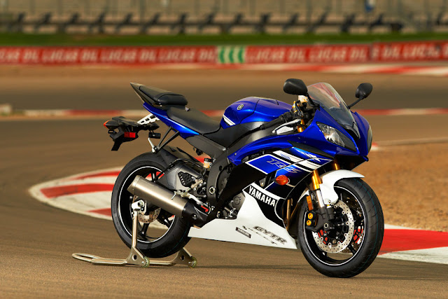 yamaha-yzfr6-photo