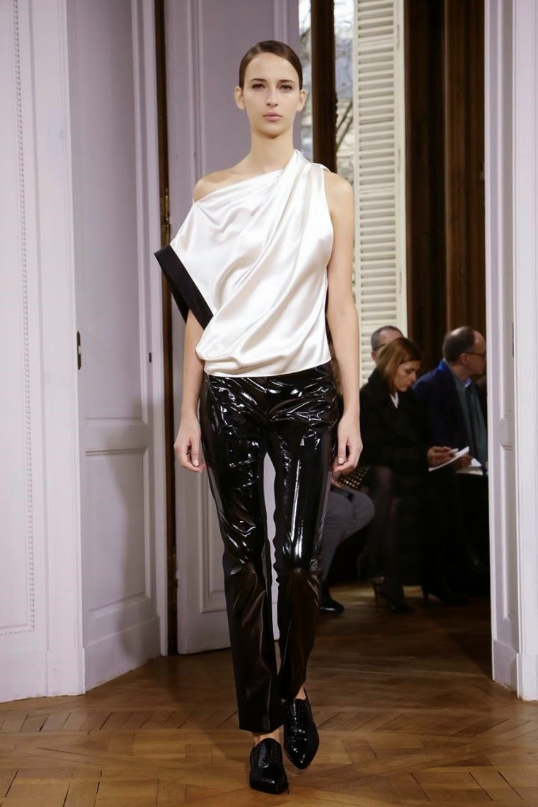 Bouchra Jarrar spring summer 2015, Bouchra Jarrar ss15, Bouchra Jarrar, Bouchra Jarrar couture, Bouchra Jarrar haute couture, du dessin aux podiums, dudessinauxpodiums, paris couture, paris haute couture, haute couture, paris haute couture fashion week, vintage look, dress to impress, dress for less, boho, unique vintage, alloy clothing, venus clothing, la moda, spring trends, tendance, tendance de mode, blog de mode, fashion blog, blog mode, mode paris, paris mode, fashion news, designer, fashion designer, moda in pelle, ross dress for less, fashion magazines, fashion blogs, mode a toi, revista de moda, vintage, vintage definition, vintage retro, top fashion, suits online, blog de moda, blog moda, ropa, asos dresses, blogs de moda, dresses, tunique femme, vetements femmes, fashion tops, womens fashions, vetement tendance, fashion dresses, ladies clothes, robes de soiree, robe bustier, robe sexy, sexy dress