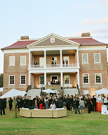 A Lowcountry wedding blogs showcasing daily Charleston weddings, Myrtle Beach weddings and Hilton Head weddings and featuring charleston wedding venue drayton hall plantation, lowcountry wedding venues, Charleston wedding blogs, Hilton Head wedding blogs and Myrtle Beach wedding blogs