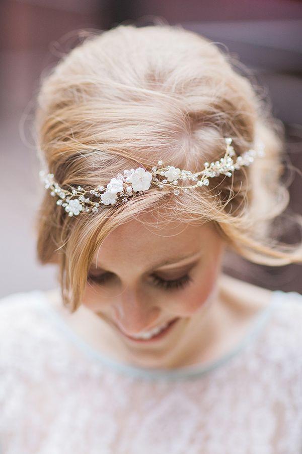 http://ruffledblog.com/elegant-parisian-styled-wedding/