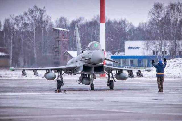 Typhoon italiano da Força Tarefa Báltica da OTAN na Lituânia