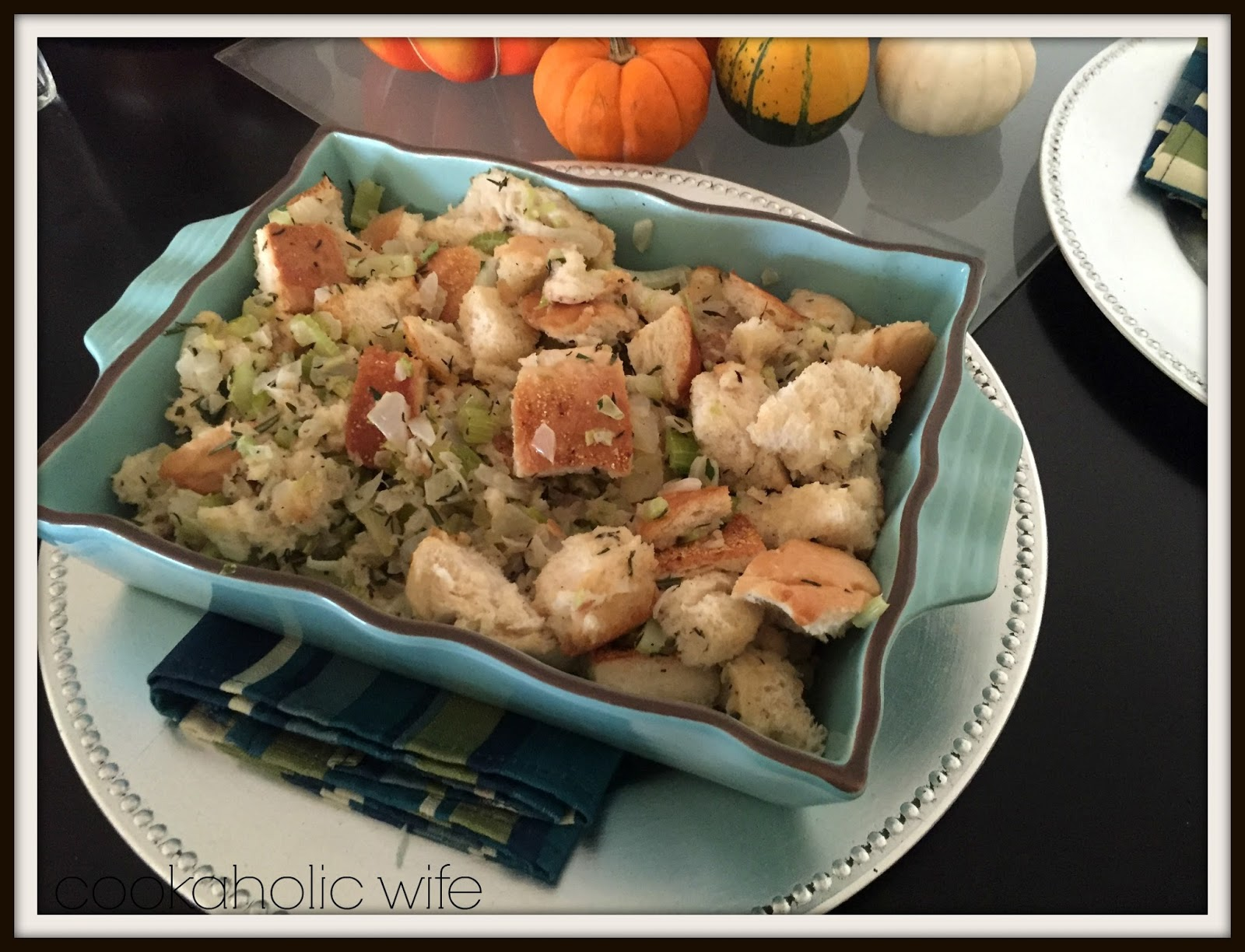 Cookaholic Wife: Herbed Bread Stuffing
