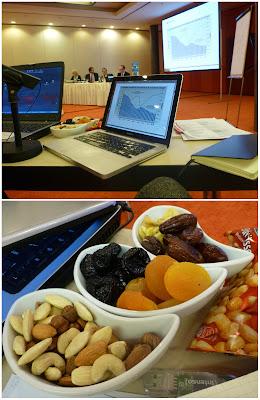 POV Dolmetschertisch * Nüsse und Trockenfrüchte