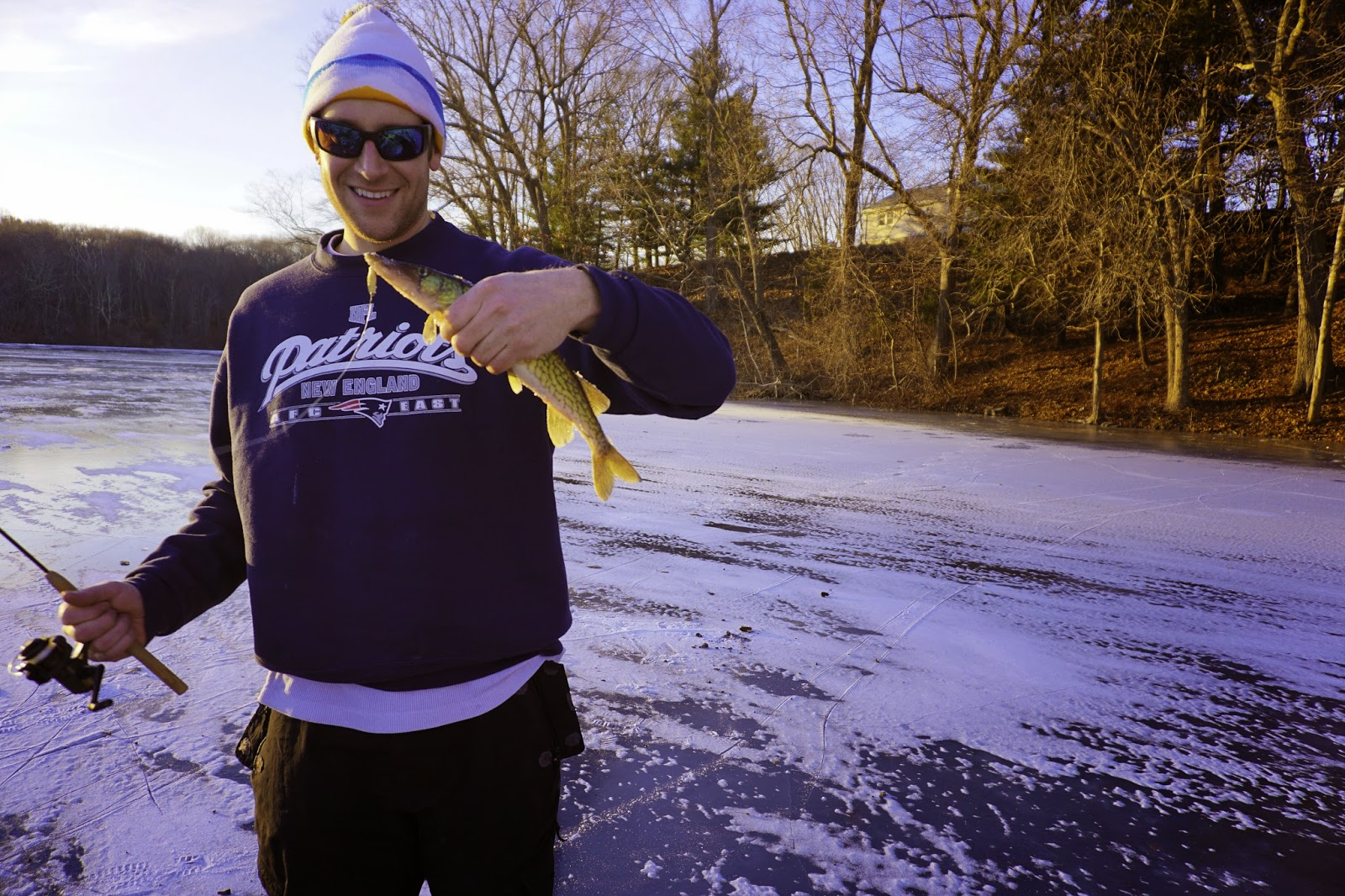 Barneys-Pond-Lincoln-Rhode-Island-Ice-Fishing