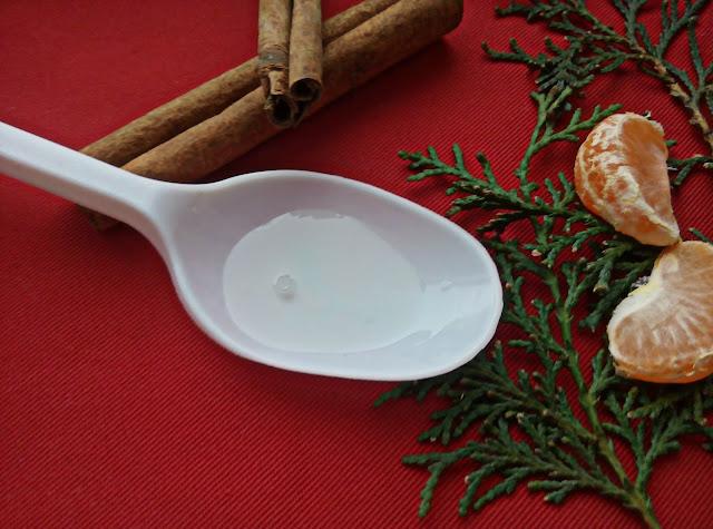 "Зеленая Аптека Масло для принятия ванн и душа ""Мандарин, корица"""