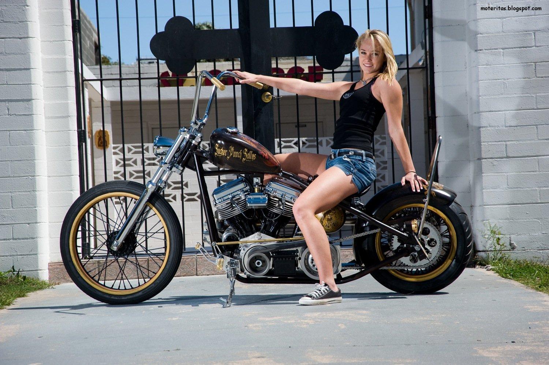 Motos Y Mujeres Resoluci 243 N Hd Chicas Posando En Motos Bobbers