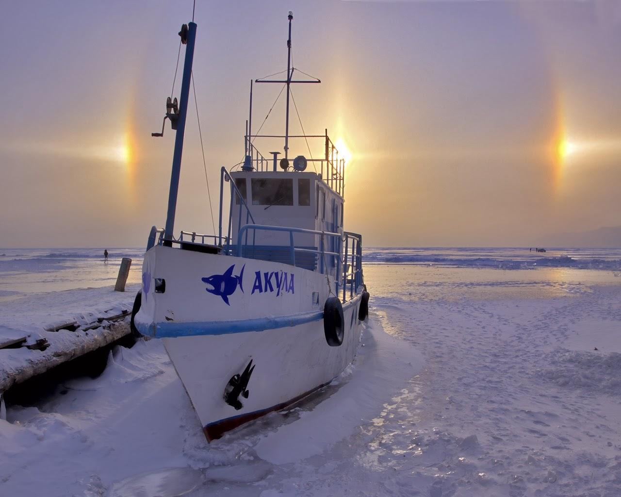 Bienvenidos al nuevo foro de apoyo a Noe #272 / 03.07.15 ~ 09.07.15 - Página 4 Halo+Solar+sobre+el+lago+Baikal+en+Russia+...Imagen+de+Elena+Ogorodnikova.