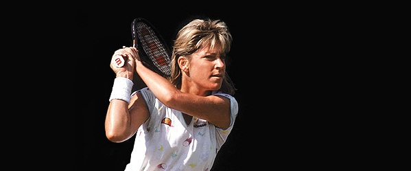In A 1987 Match Chris Evert And Her Trademark Two Handed Backhand Brought Play To Halt Over Lost Bracelet Was Wearing George Bedewi Designed