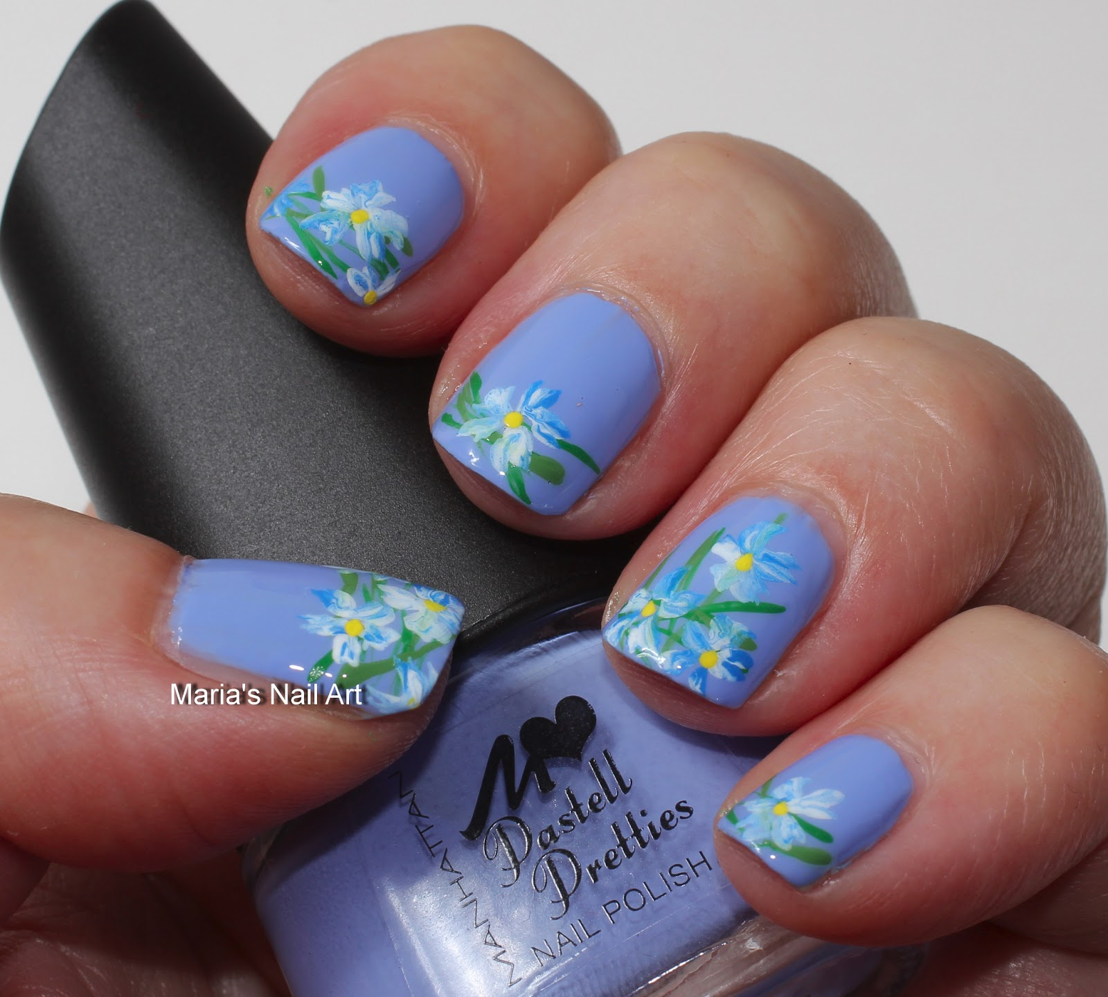 Marias Nail Art And Polish Blog Subtle Floral Nail Art On: Marias Nail Art And Polish Blog: Subtle Blue-white Flowers
