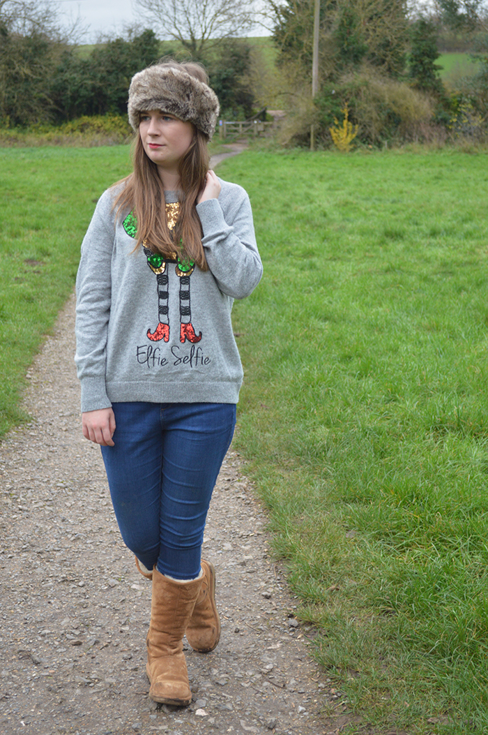 H&M christmas jumper fashion bloggers