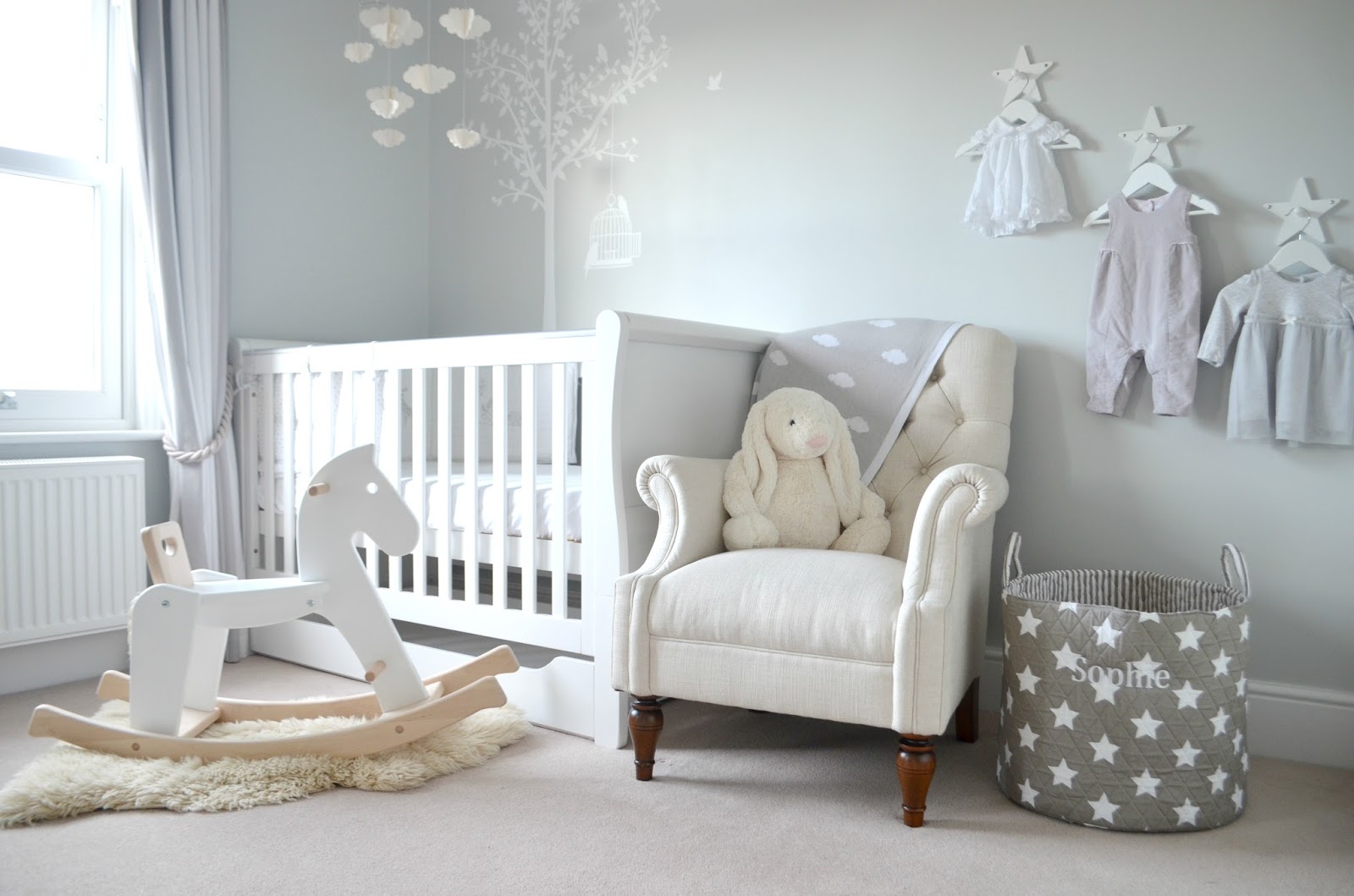 my grey white nursery blog me beautiful. Black Bedroom Furniture Sets. Home Design Ideas