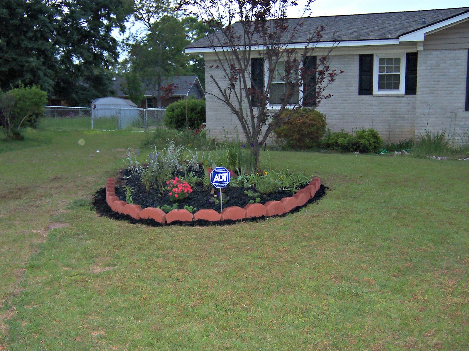 Luxury Flower Bed Ideas Front Of House