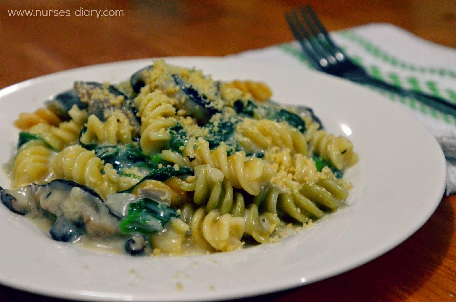 Creamy Spinach and Mushroom Fusili recipe