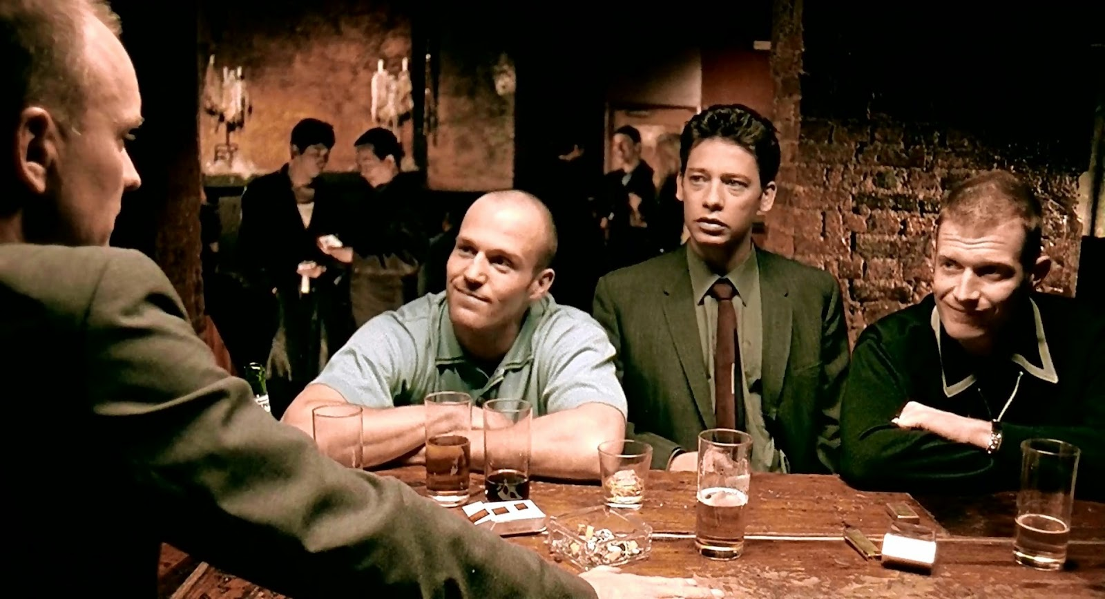 Lock Stock And Two Smoking Barrels (1998) [1080p. Dual]