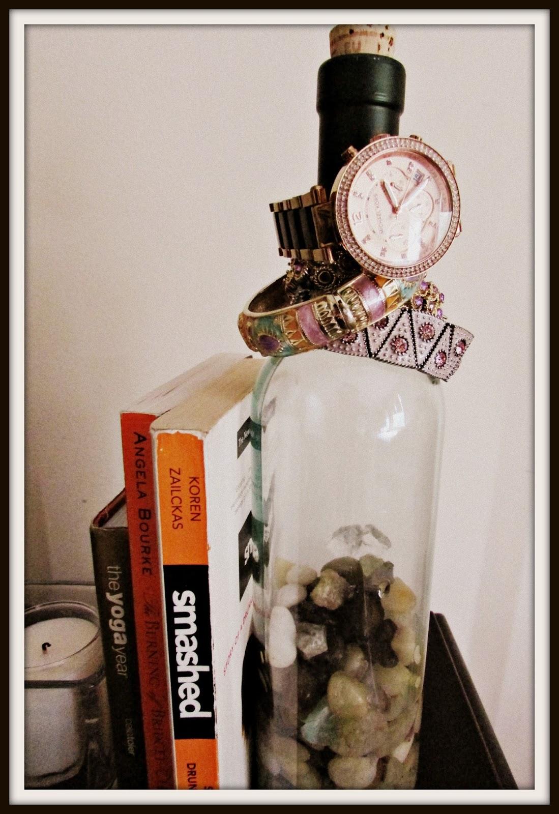 Dusk rubies wine bottle home decor ideas for Decor drink bottle