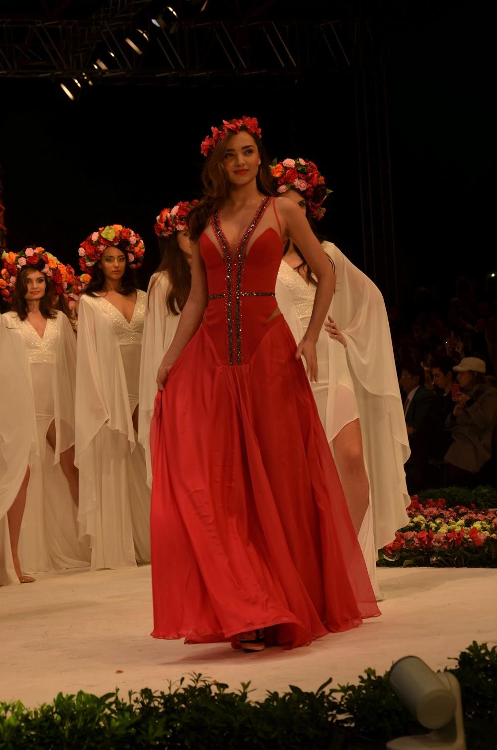 Dosso dossi fashion show antalya 39