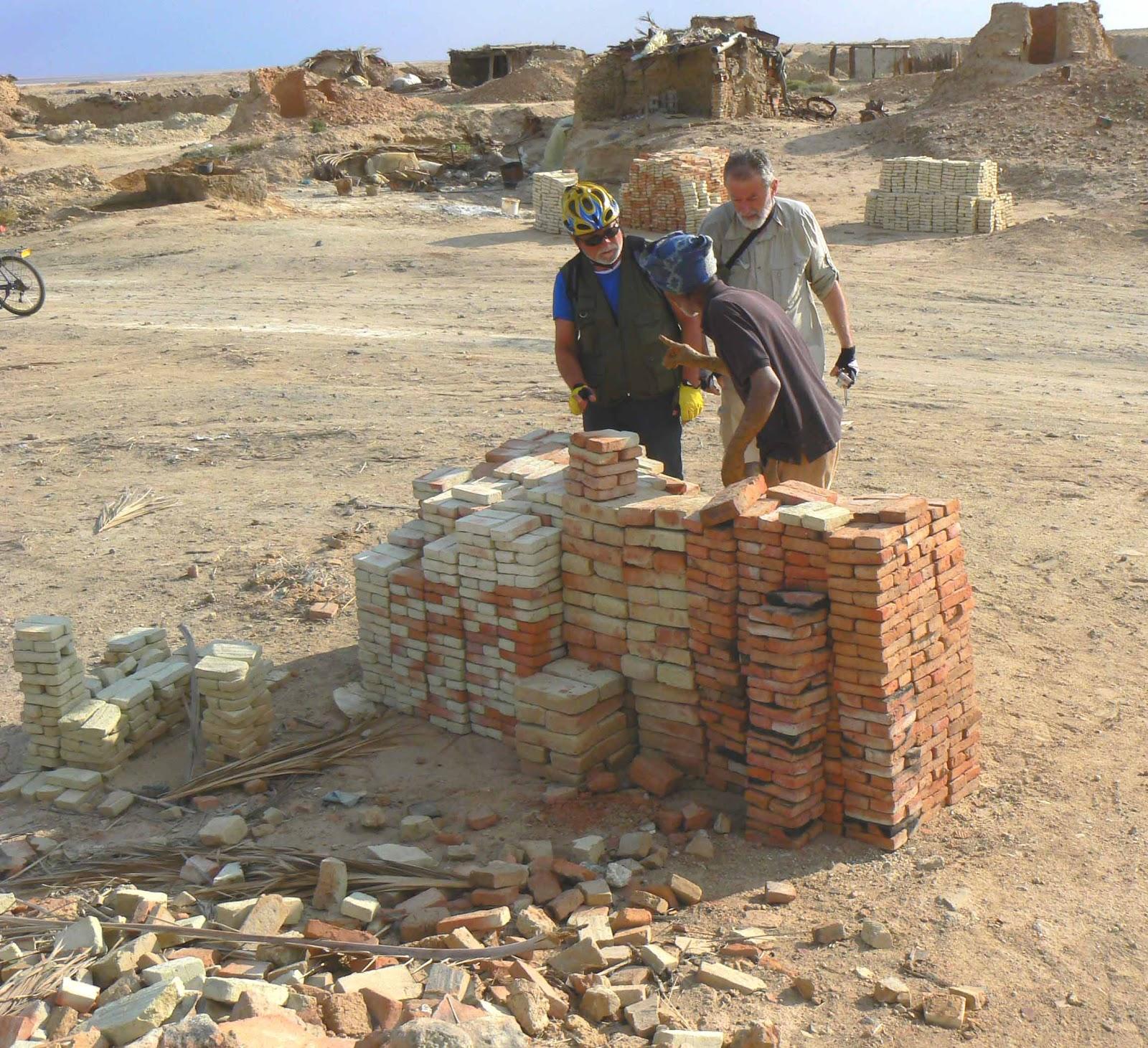 valter: Tozeur e la Fabbrica dei Mattoni