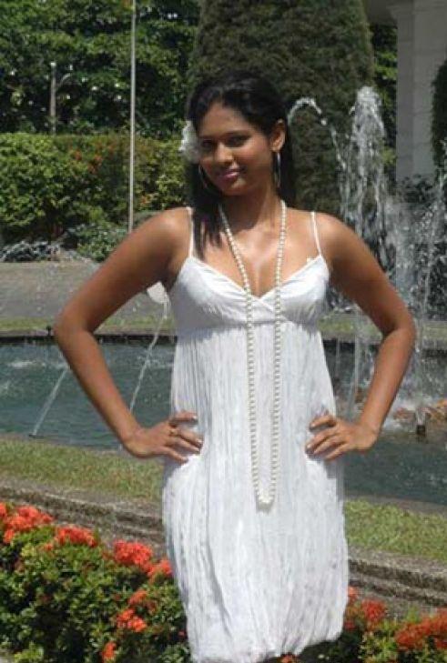 Derana Veet Miss Sri Lanka 2009, beauty pageant Lakshi Heshani, Lakshi Heshani hot, Lakshi Heshani bikini, Miss Sri Lanka 2009