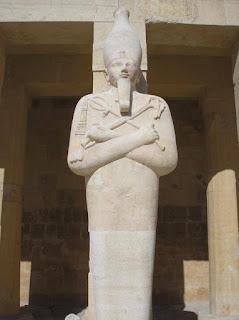 templo de Hatshepsut. Templos egipcios. El rio nilo. Egipto a tus pies. Arquitectura egipcia. Faraones.