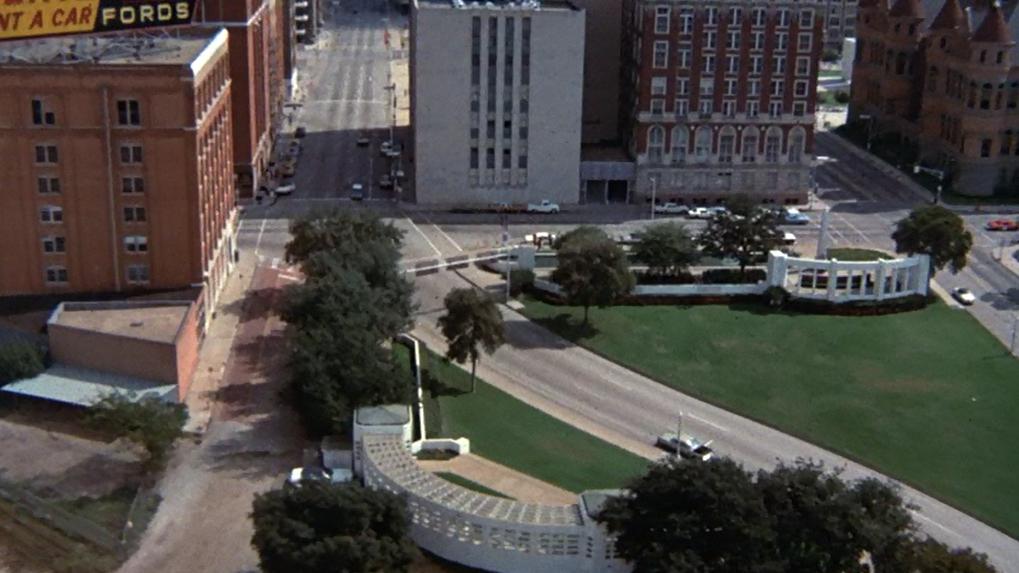 Dallas 1963 by Bill Minutaglio, Steven L. Davis