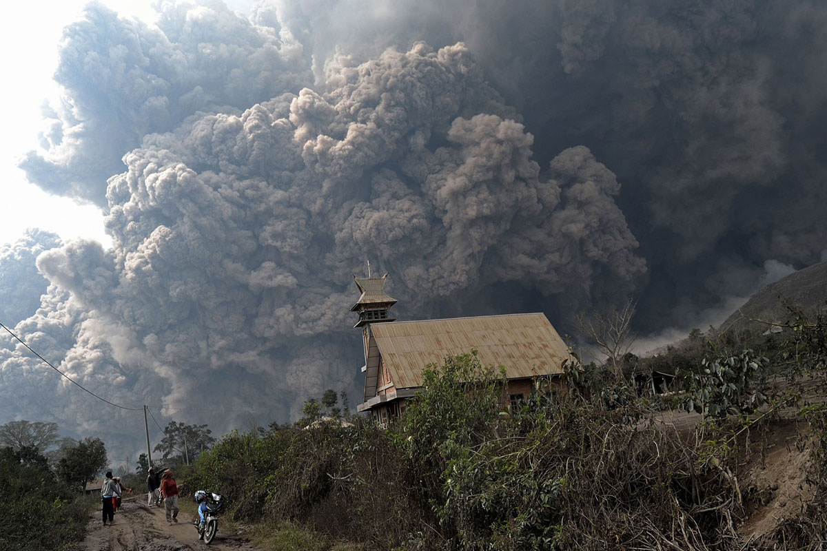 Indonesia's Mount Sinabung causes huge concern after two eruption send smoke and ash 3km into the s