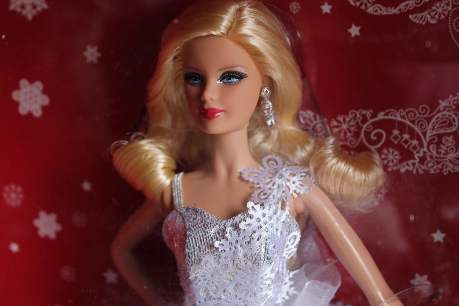 Holiday-barbie-2013