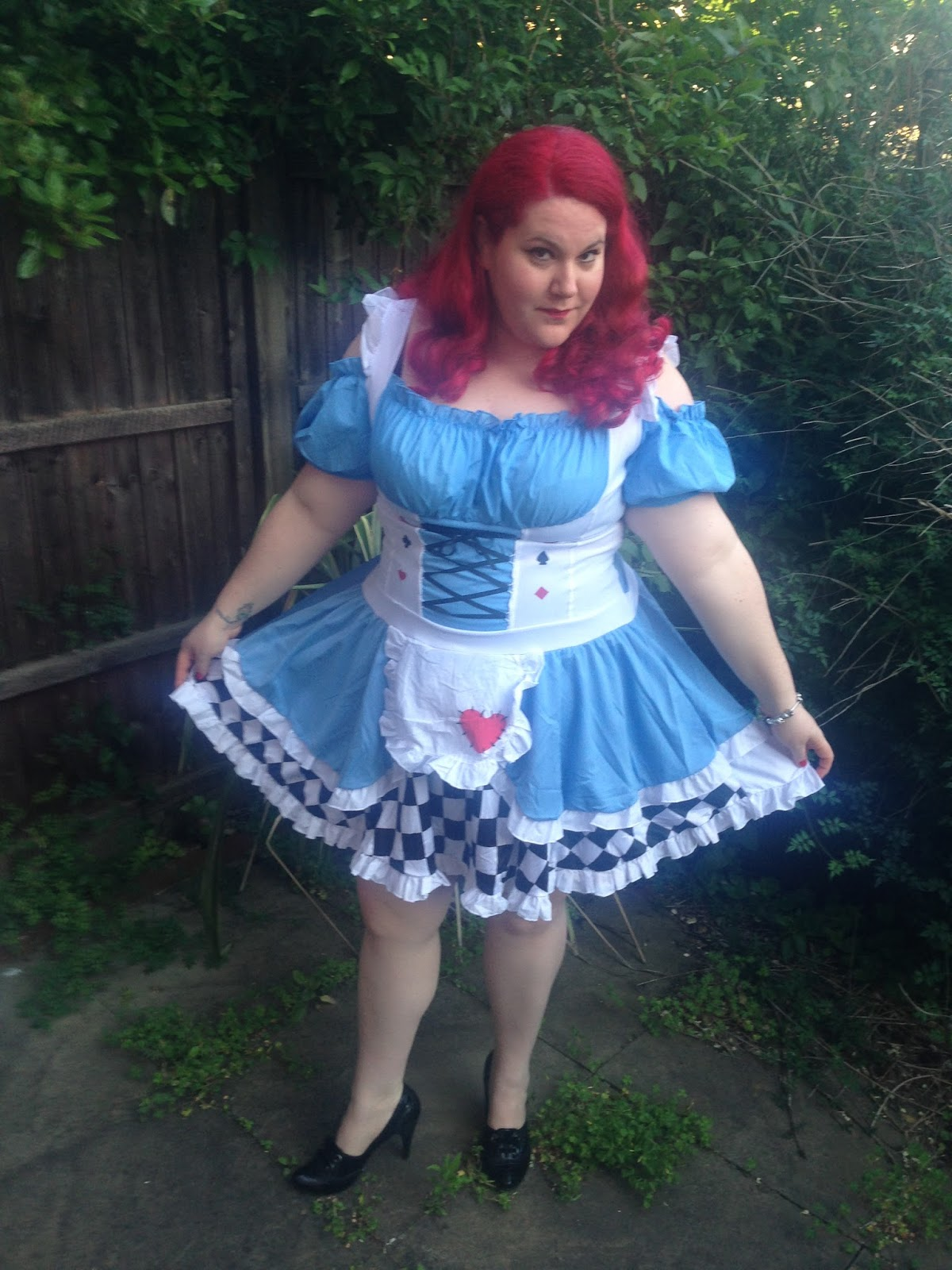 Hayley in Wonderland Review of the PSL Boutique Alice Costume. Plus Size ...  sc 1 st  Curves u0026 Curls & Hayley in Wonderland: Review of the PSL Boutique Alice Costume ...
