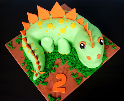 Dinosaur Cake Decorations Nz : butter hearts sugar: Dinosaur Birthday Cake