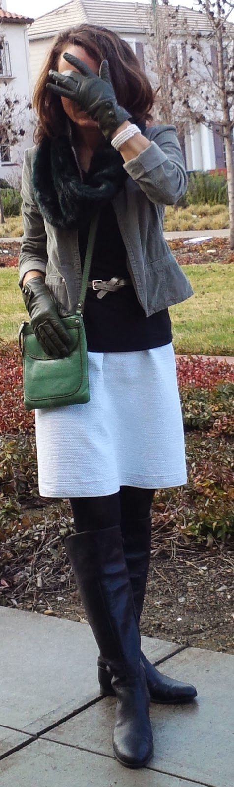 blog.oanasinga.com-outfit-ideas-personal-style-photos-wearing-white-skirt-during-winter-combining-black-white-and-several-shades-of-green-1