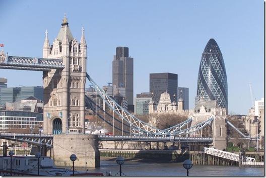 Los mejores top 10 construcciones norman foster for Architecture londres