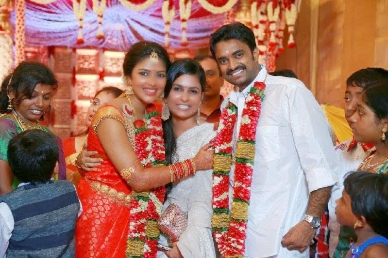 tamil actor actress photoshoot stillsunseen family photos