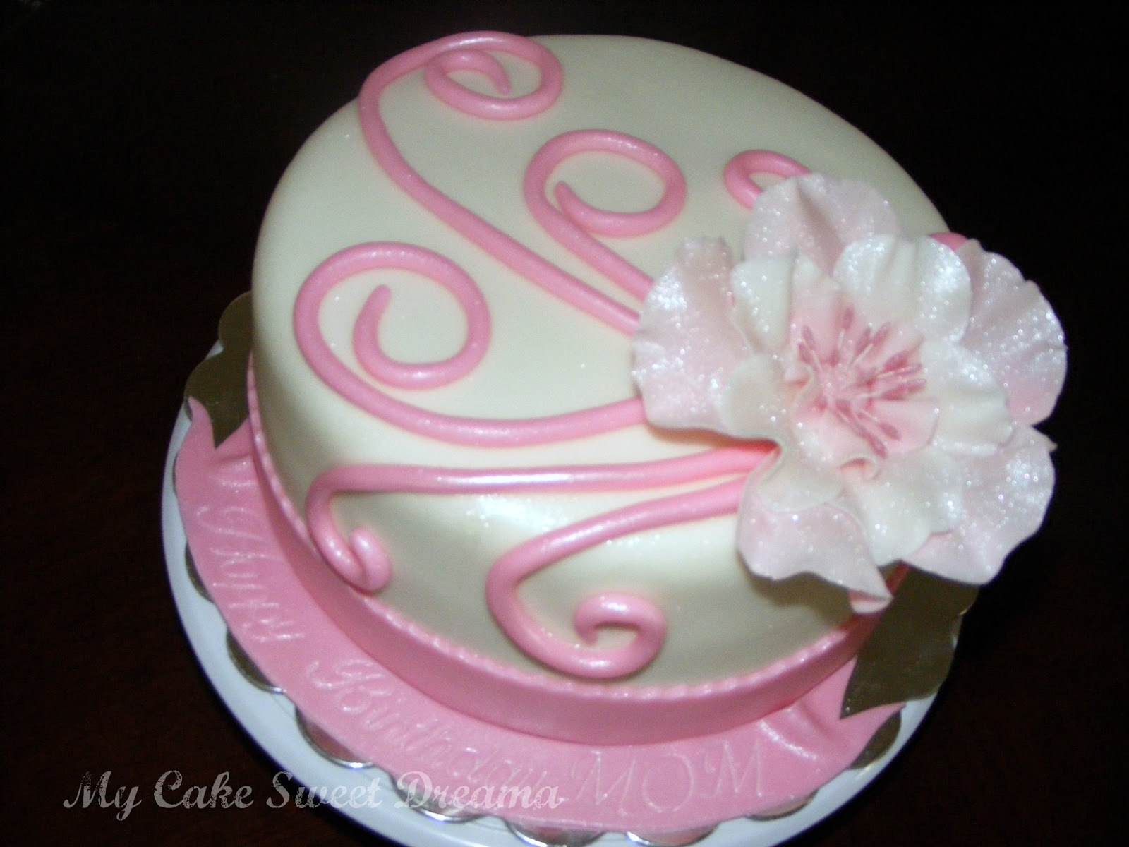 Cake Design For Moms :