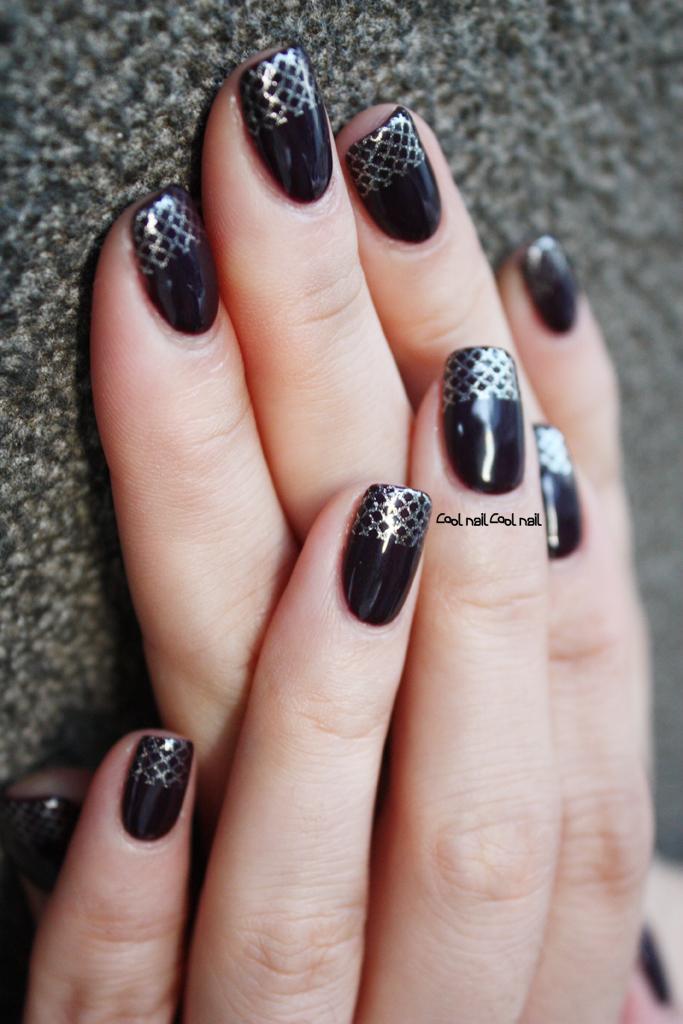 Magazinepapa Gel Nail Winter Gel Nail Black And Silver French