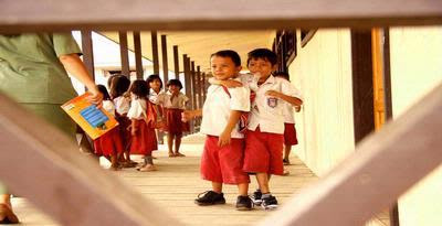Dunia Pendidikan Sedang Diserang Buku Buku Tak Pantas