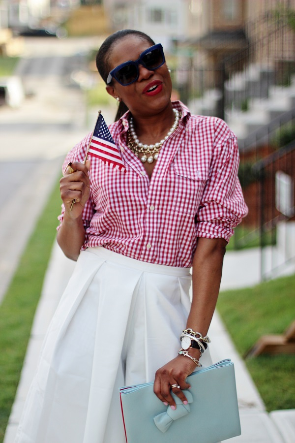 4TH OF JULY, RED WHITE AND BLUE, STARS AND STRIPES, white culottes, gingham shirt, american fashion, red gingham shirt, blue clutch, blue bag, blue sunglasses, farfetch, banana republic, schutz shoes, schutz, white shoes, celine sunglases, fashion friday, holiday weekend, long weekend, weekend fashion, what to wear for the weekend, casual friday, white pants, blaquel label, david yurman, daneil wellington, shopbop, gladiator shoes, gladiator, schutz shoes, schutz gladiators, prada, rocksbox, pendent necklace, celine sunglasses, havana sunglasses, fendi, by the way bag, yellow by the way bag, fendi yellow by the way bag, tri color bag, fashion friday, CHRISTIAN DIOR, CHRISTIAN DIOR EARRINGS, DOUBLE EARRINGS, gold bag, gold clutch, valentino, rocks studs, rocksstuds, naural hair, shoes around Lenox, michele watch,  nordstrom, j crew, madewell, high riser jeans, high waist jeans, blue jeans, jeans, gucci, gucci belt, crawler earrings, earrings, valentino, rocks studs, valentino rocks studs, celine, tortoise shell, tortoise sunglasses, celine sunglasses, celine clutch, blue clutch, blue bag, red lips, red lipstick, michele watch, gold watch, SPRING TRENDS, SPRING FASHION, SPRING STYLE, fashion, fashion friday, tgif,  reed krakoff cuff, silver cuff, reed krakoff,   FASHON, STYLE, FASHION BLOG, FASHION BLOGGER, F BLOGGER, STYLE BLOG, STYLEBLOGGER, STYLIST, STYLISH, STREETSTYLE, PERSONAL STYLE, PERSONAL STYLE BLOGGER, BLOGGER, BLOG, INSTA STYLE, INSTA FASHION, WHAT TO WEAR, OOTD, FASHION OF THE DAY, STYLE OF THE DAY, FASHION AND STYLE, winter STYLE, WHAT TO WEAR FOR This season, MUST HAVE, winter TRENDS, fashion TRENDS  , Atlanta blogger