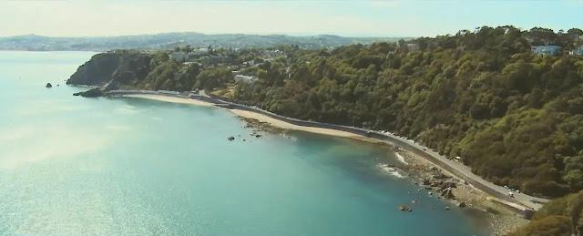 Metronomy-the-bay-sobrevolando-torquay