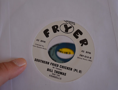 Bill Thomas And The Fendells - Southern Fried Chicken pt.1/ Southern Fried Chicken pt.2 1966 (Savoy)