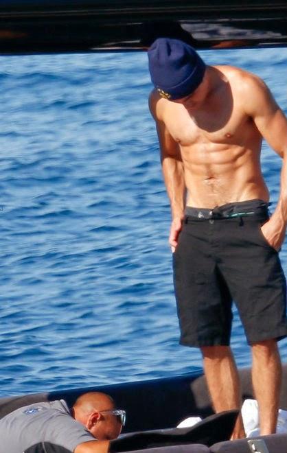 Zac Efron gay