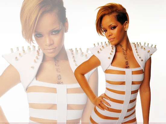 rihanna_glamour_wallpapers_Fun_Hungama