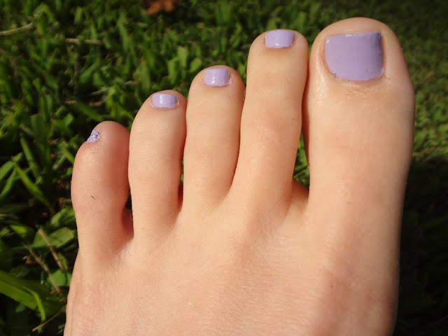 Lacy Lilac purple nail polish, toenails